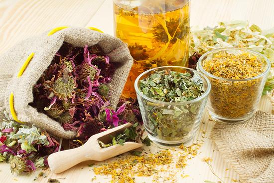 Травяные сборы – свойства и правила употребления